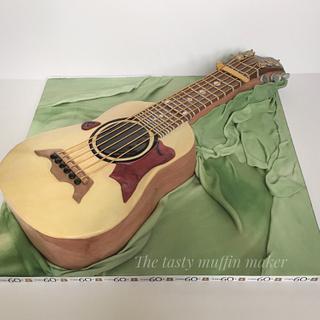 Big baby Taylor Guitar cake