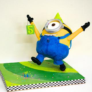 Yippeee!! Stuart found a present! Minion Armature Cake