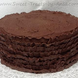 Chocolate Buttercream ruffle cake