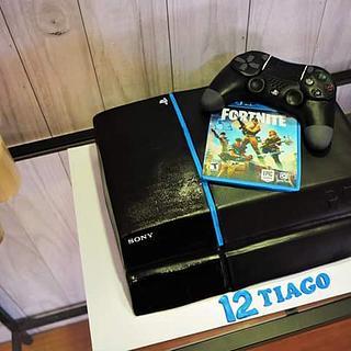 PS4 cake - Cake by Maria Ferreira