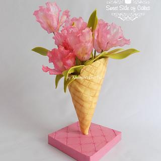 Ice Cream Parrot Tulips @Sugarflowers & Cakes in Bloom Collaboration
