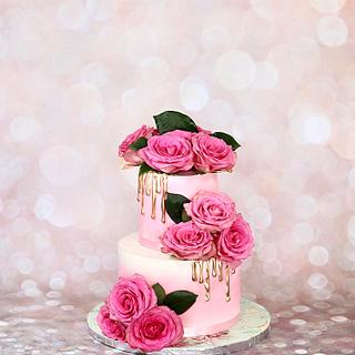 Pink and white cake - Cake by soods