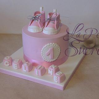 Baby converse cake