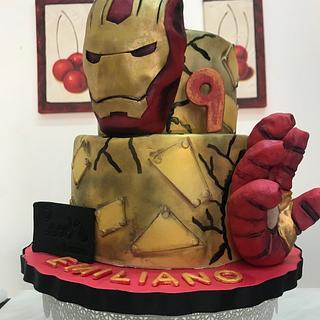Ironman fondant cake  - Cake by Coco Mendez