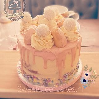 Pastel sweet table