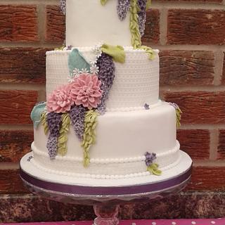 Pastel floral Wedding cake - Cake by Karen's Kakery