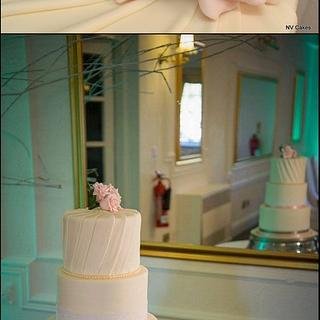 Delicate wedding cake - Cake by Nikki