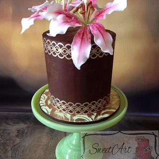 Stargazer Lily Cake