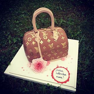 LV handbag cake - Cake by MRcakes