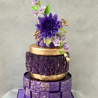 Gilded lavender with flowers