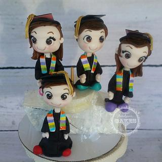 Graduation figurines cake toppers
