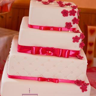 Wedding cake with sweet bar