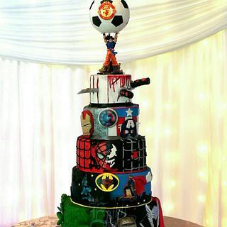 Superhero wedding cake😂