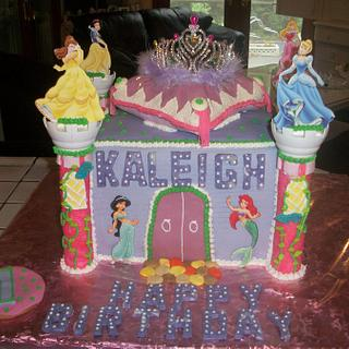 Castle cake enchanted Cakes on FB - Cake by Sher