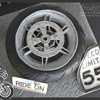Wheely a Cake - Cake by TrudyCakes