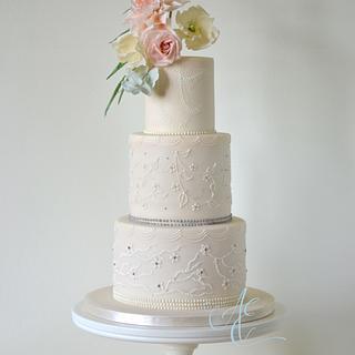 Parnian - Cake by Amanda Earl Cake Design