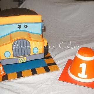 Construction Pals Dump Truck - Cake by Ann-Marie Youngblood