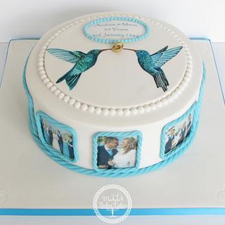 Hummingbirds Cake