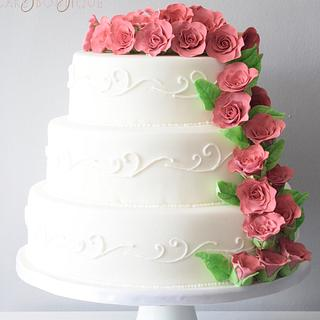 Classic wedding cake  - Cake by Kayleigh's cake boutique