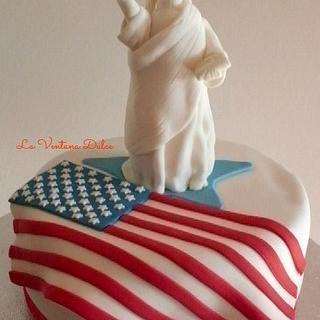 Statue of Liberty Cake - Cake by Andrea - La Ventana Dulce