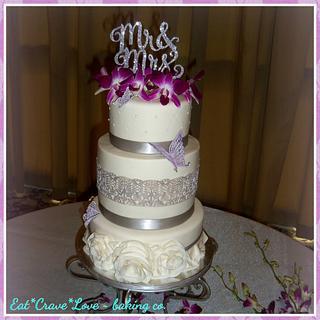 Roslyn Wedding Cake