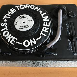 Turntable cake...