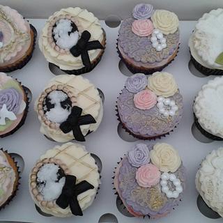 Classy cupakes  - Cake by Karen's Kakery
