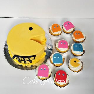 Pac Man Birthday Cake and Cupcakes