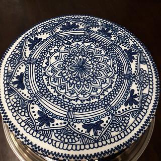 Blue N White - Cake by Sato Seran