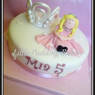 Mia's 'Princess' cake
