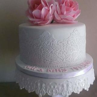 Lace and Rose wedding cake - Cake by Dulce & Sweet designs
