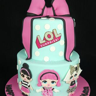 LOL Birthday Cake - Cake by Cakes by Vivienne
