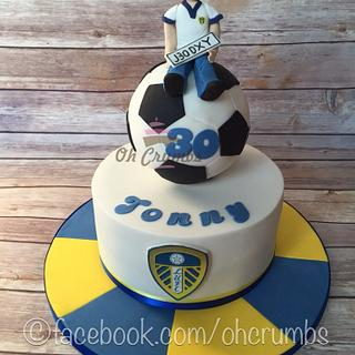 Leeds United cake  - Cake by Oh Crumbs