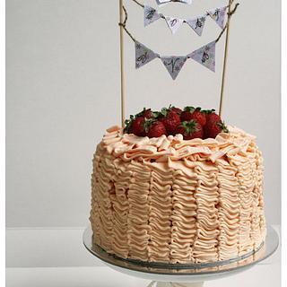 Buttercream ruffle  - Cake by Patricia Tsang