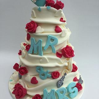 Wrap style wedding cake