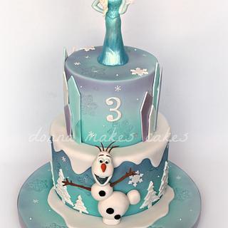 Frozen Cake - Cake by Donna Marsden