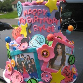 Victorious Theme cake