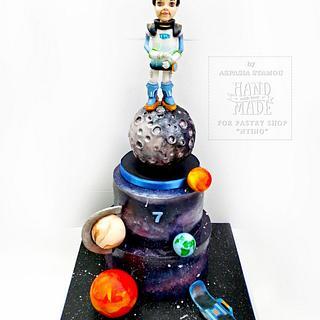 """Miles from Tomorrowland"" - Cake by Aspasia Stamou"