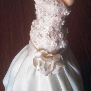 Gumpaste bridal mannequin