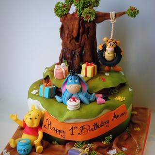 Winnie the Pooh  - Cake by Rabarbar_cakery