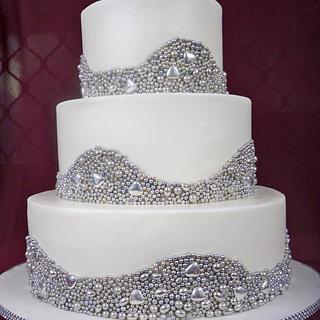 silver pearl wedding cake  - Cake by elisabethscakes