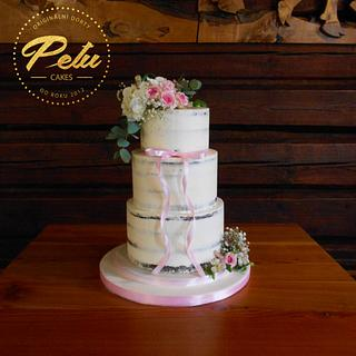 Wedding seminaked cake