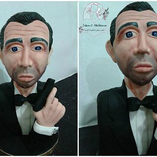 James bond bust cake
