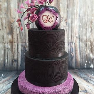 Wedding cake blak & purple