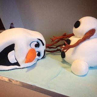Olaf - Cake by Stacey Fruchey