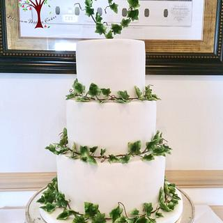 Ivy wedding cake