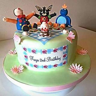 Cbeebies picnic cake