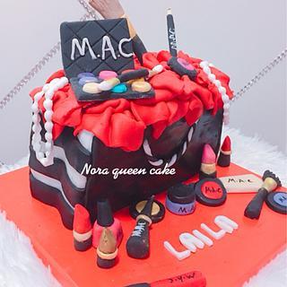 M.a.c makeup bag cake