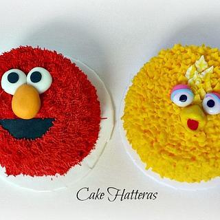 Sesame Birthday with Elmo and Big Bird Smash Cakes