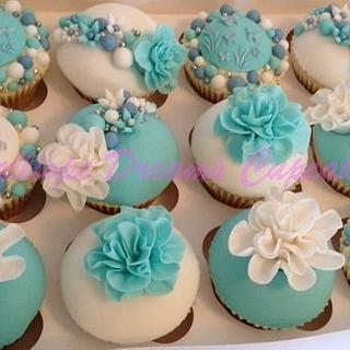 Hen Night Cuppies - Cake by Steph Walters